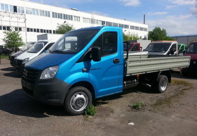 Бортовой грузовик Газель